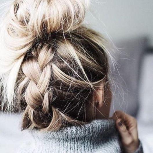 40 High Messy Bun Hairstyles Ideas 26