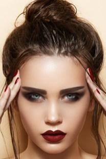 40 High Messy Bun Hairstyles Ideas 38