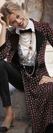 40 How to Wear a Pearl Necklace Ideas 12
