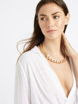 40 How to Wear a Pearl Necklace Ideas 39