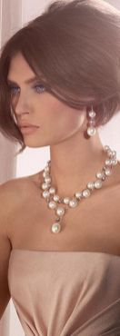 40 How to Wear a Pearl Necklace Ideas 9