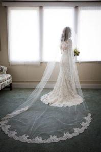 40 Long Viels Wedding Dresses Ideas 14