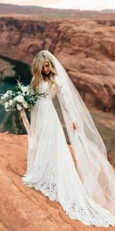 40 Long Viels Wedding Dresses Ideas 42