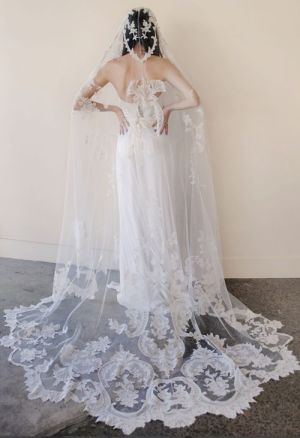 40 Long Viels Wedding Dresses Ideas 7