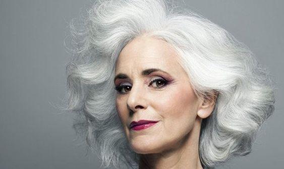 40 Makeup for Women Over 50 Ideas 19