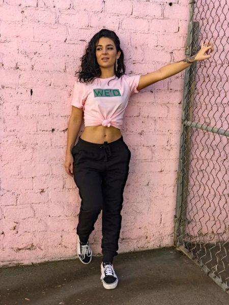 40 Pink T Shirt Street Styles Ideas 11