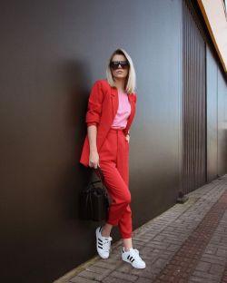 40 Pink T Shirt Street Styles Ideas 3