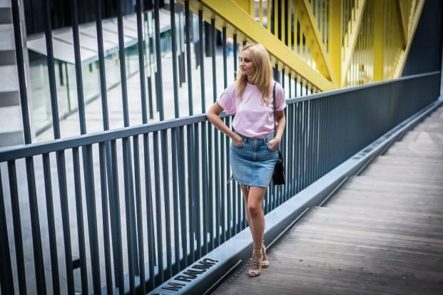 40 Pink T Shirt Street Styles Ideas 32