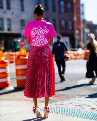 40 Pink T Shirt Street Styles Ideas 7