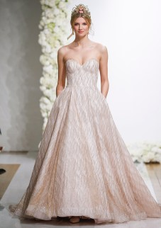 40 Shimmering Bridal Dresses Ideas 24