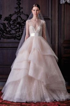40 Shimmering Bridal Dresses Ideas 41