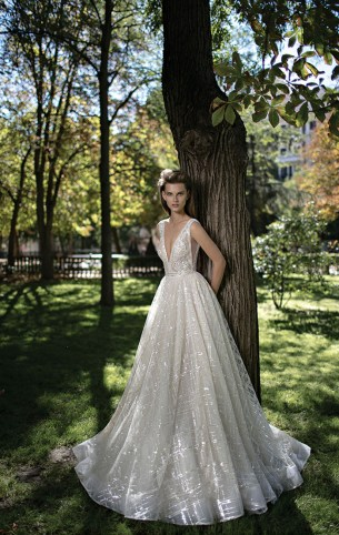 40 Shimmering Bridal Dresses Ideas 7