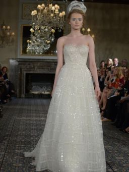 40 Shimmering Bridal Dresses Ideas 9