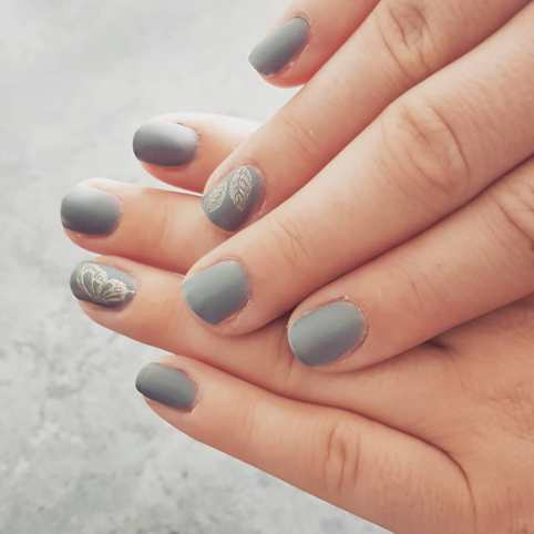 40 Simple Grey Nail Art Ideas 34 2