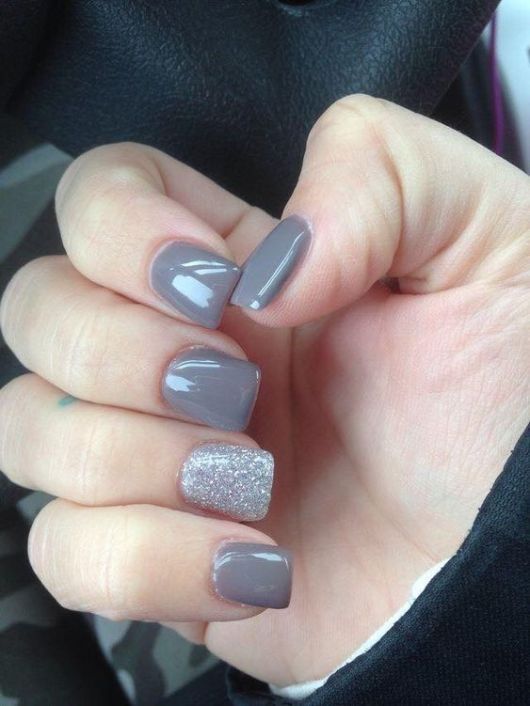40 Simple Grey Nail Art Ideas 7 2