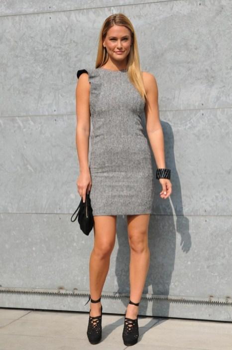 40 Stylish Asymmetric Dress Ideas 30