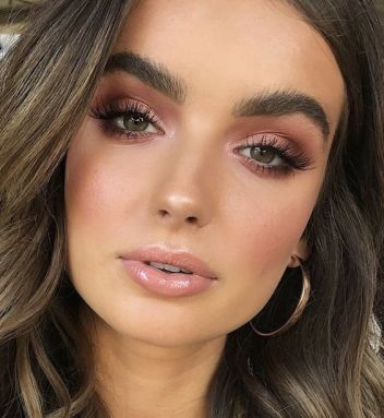 40 Summer Makeup Look Ideas 21