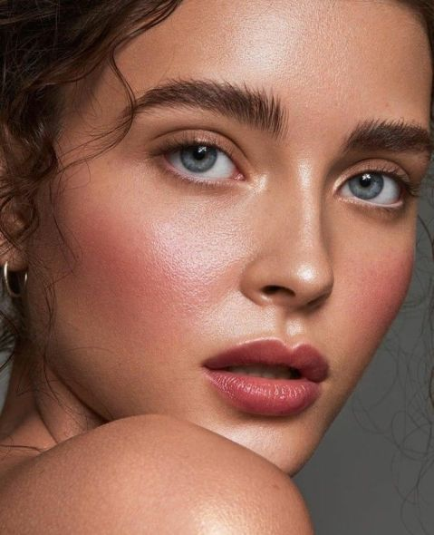 40 Summer Makeup Look Ideas 48