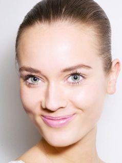 40 Ways to Wear Pink Lipstick Ideas 18