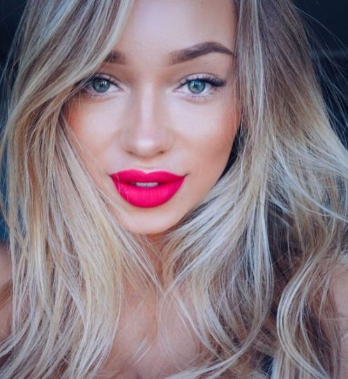 40 Ways to Wear Pink Lipstick Ideas 27