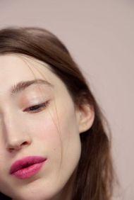 40 Ways to Wear Pink Lipstick Ideas 9