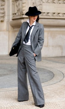 40 Ways to Wear Women Suits Ideas 35
