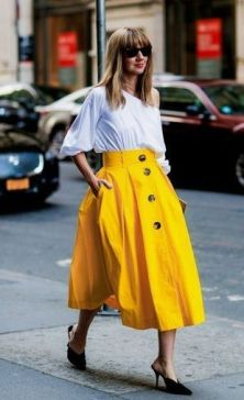 40 Yellow Outfits in Fashion Ideas 42