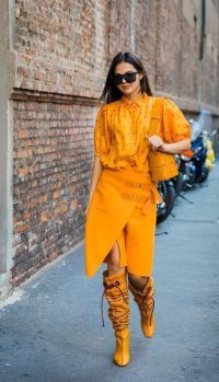 40 Yellow Outfits in Fashion Ideas 8