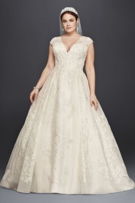 50 Ball Gown for Pluz Size Brides Ideas 25