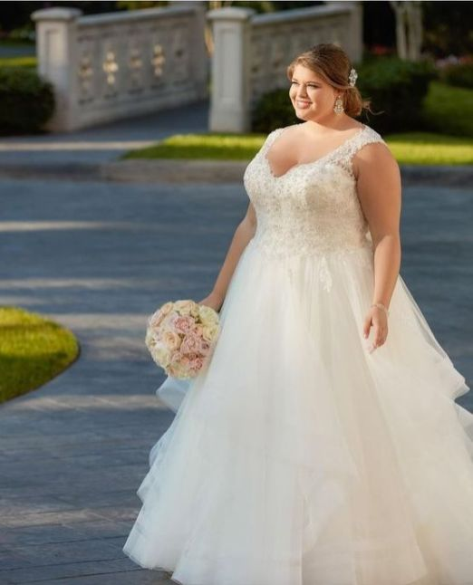 50 Ball Gown for Pluz Size Brides Ideas 38