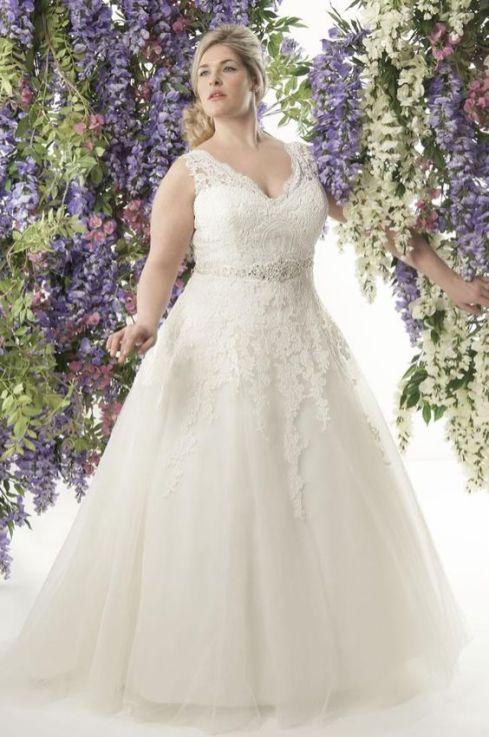 50 Ball Gown for Pluz Size Brides Ideas 51