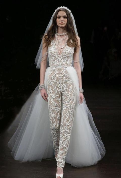 50 Bridal Jumpsuits Look Ideas 26