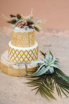 50 Gold Wedding Cakes Ideas 17