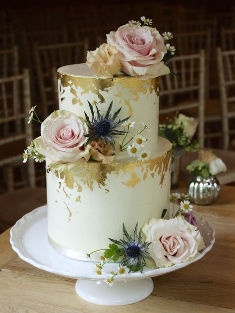 50 Gold Wedding Cakes Ideas 19