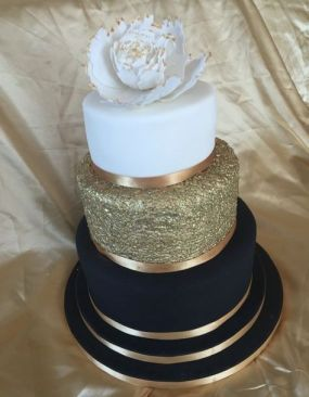 50 Gold Wedding Cakes Ideas 27