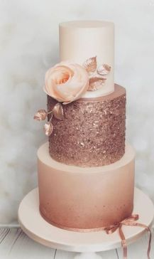 50 Gold Wedding Cakes Ideas 29