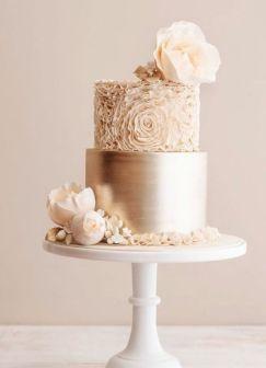 50 Gold Wedding Cakes Ideas 32