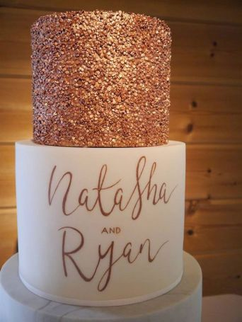 50 Gold Wedding Cakes Ideas 35