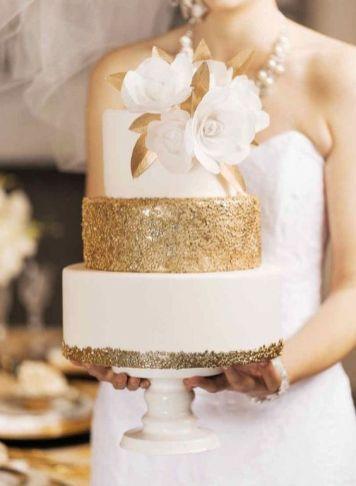 50 Gold Wedding Cakes Ideas 37