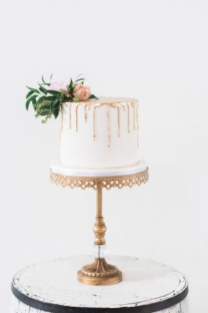 50 Gold Wedding Cakes Ideas 42