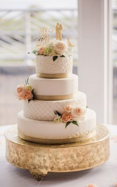 50 Gold Wedding Cakes Ideas 43