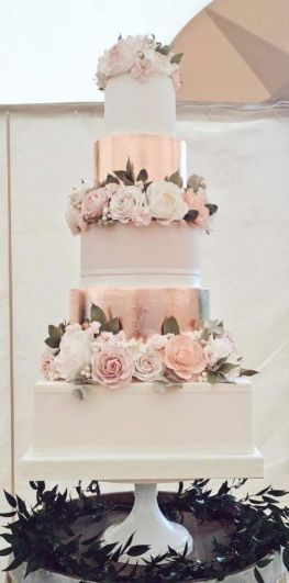 50 Gold Wedding Cakes Ideas 5