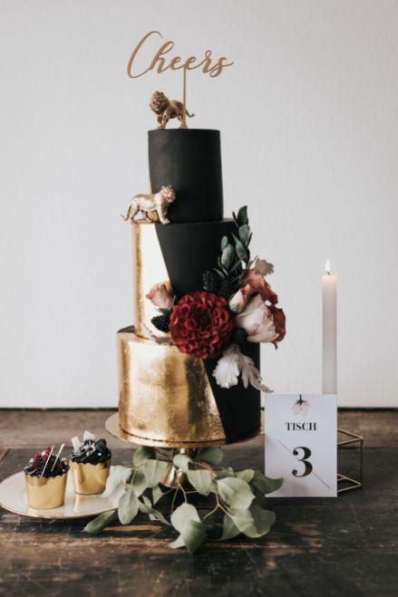 50 Gold Wedding Cakes Ideas 51