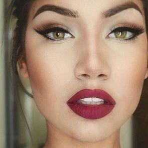 50 Green Eyes Makeup Ideas 12