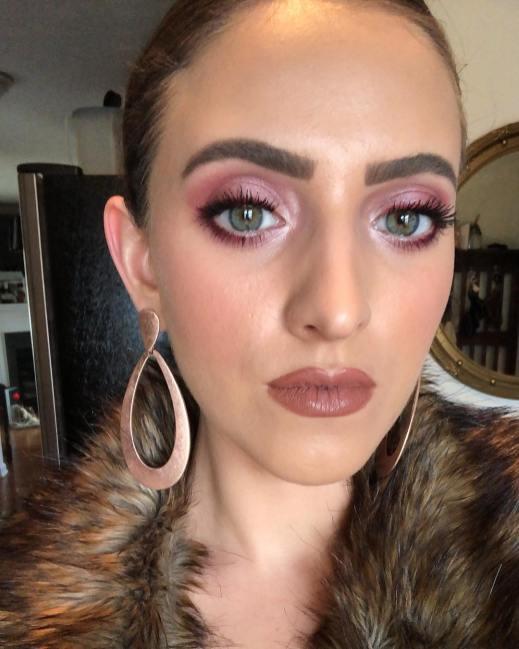 50 Green Eyes Makeup Ideas 23