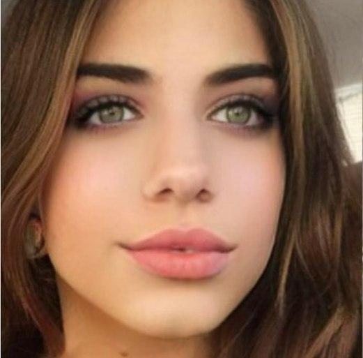 50 Green Eyes Makeup Ideas 31