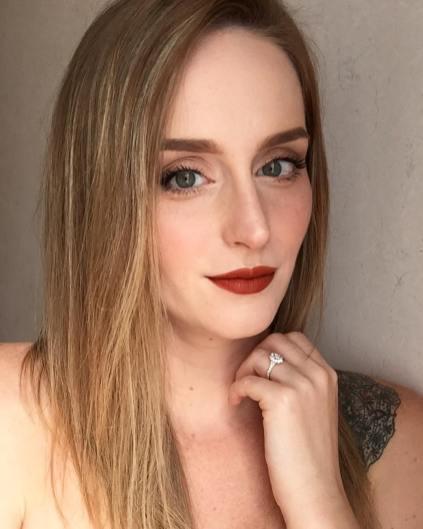 50 Green Eyes Makeup Ideas 43