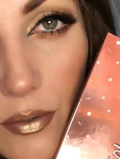 50 Green Eyes Makeup Ideas 46
