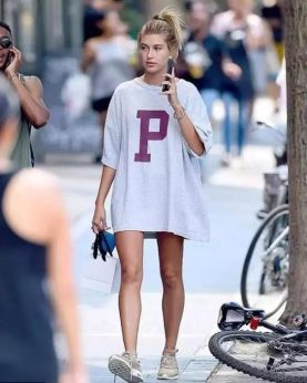 50 How to Wear an Oversized T Shirt Ideas 33