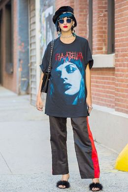 50 How to Wear an Oversized T Shirt Ideas 47